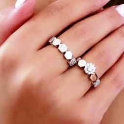 انگشتر نقره 925 طرح حلقه و پشت لقه